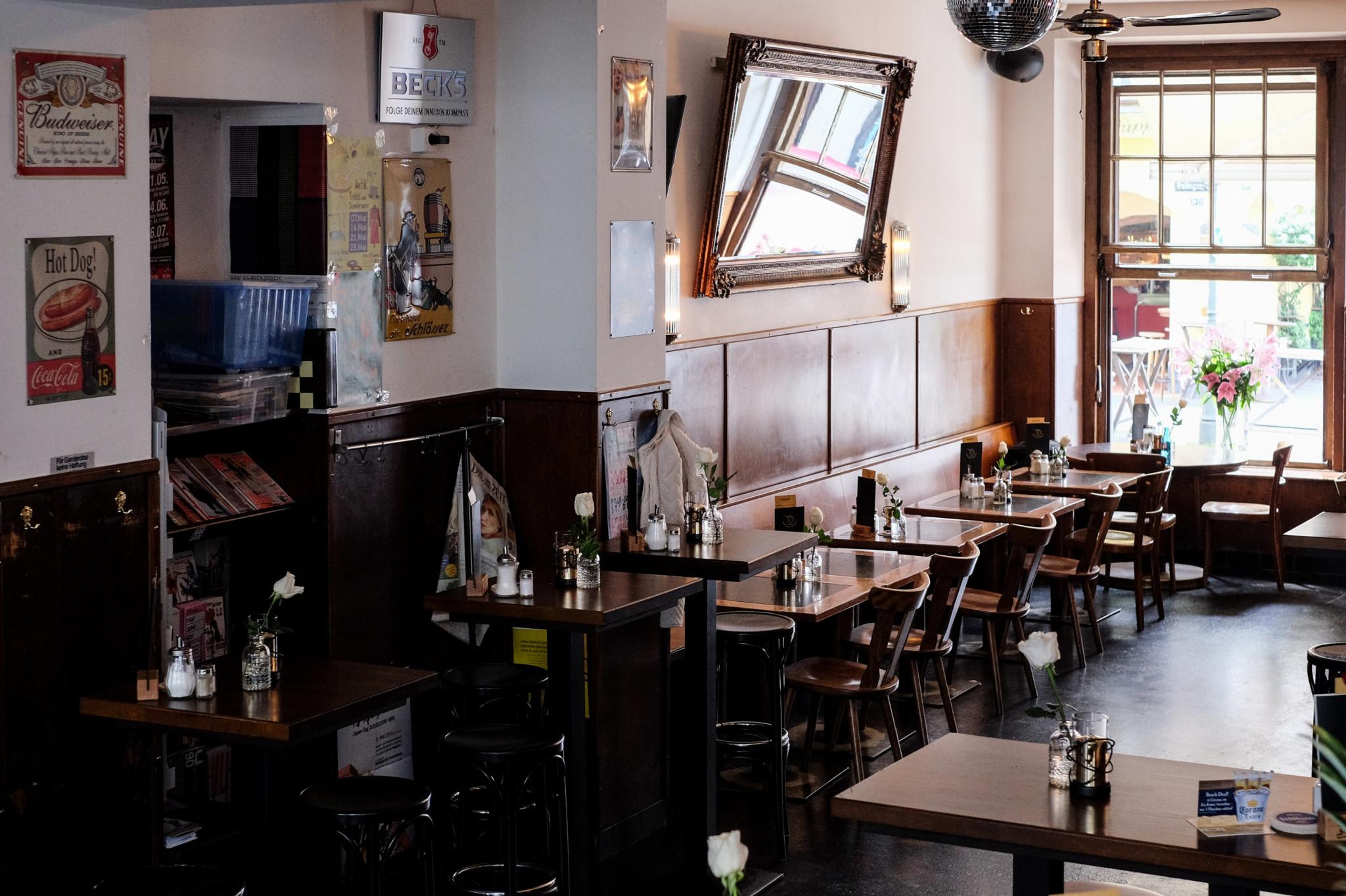 zum goldenen einhorn düsseldorf deutsches restaurant café lokal